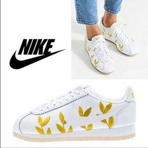 Nike Classic Cortez Shoe